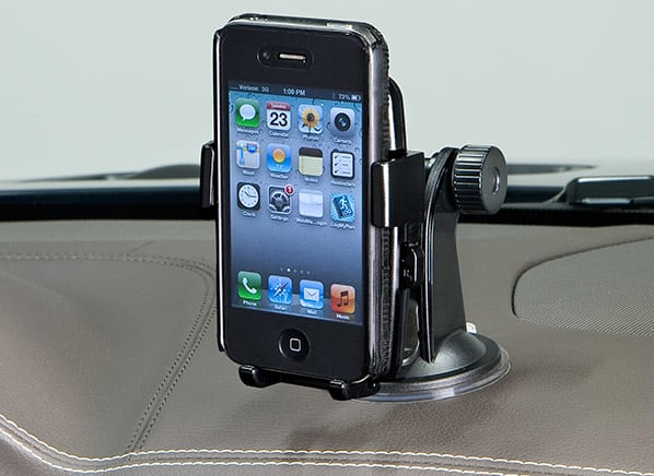 Smart phone mounts for your car for less than $20.00 - Consumer Reports