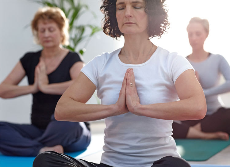 Avoid opioid withdrawal symptoms and consider yoga to help relieve pain.