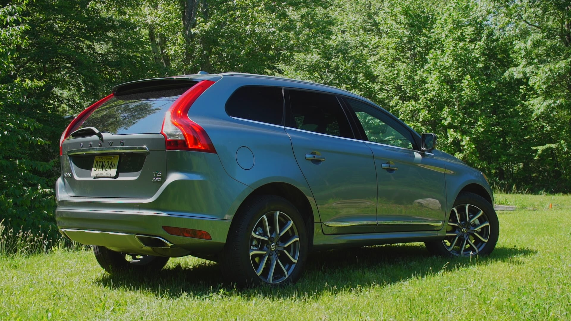 2017 Volvo XC60 SUV Bides its Time - Consumer Reports