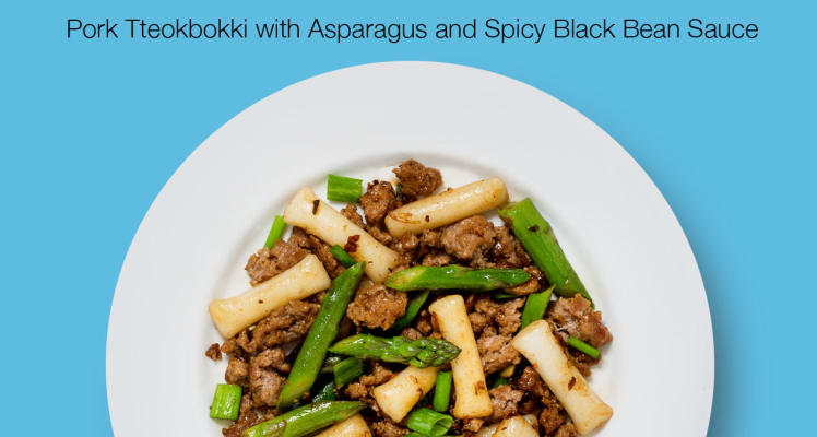 Blue Apron Pork Tteokbokki with Asparagus and Spicy Black Bean Sauce
