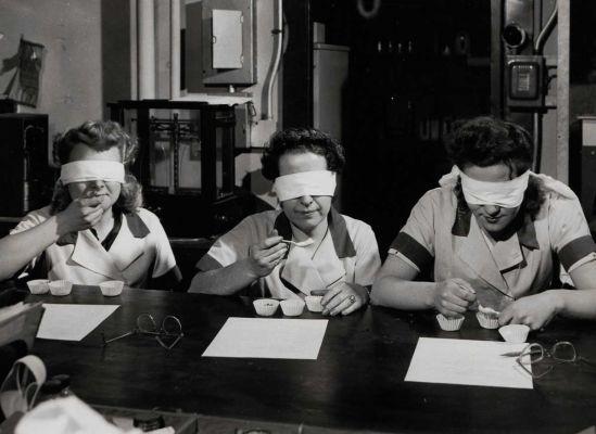 Pudding and gelatin desserts, 1945