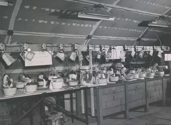 Food mixers, 1950