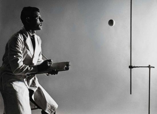Tennis balls, 1965