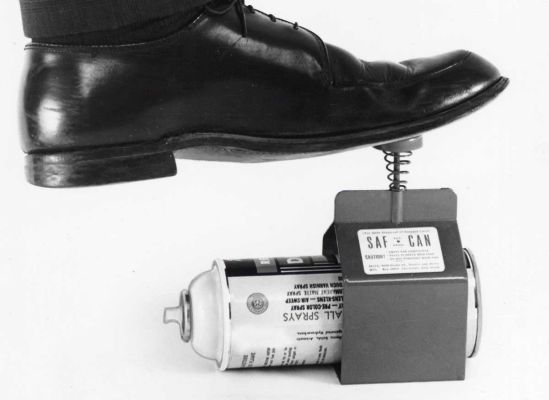 Aerosol-can deactivator, 1971