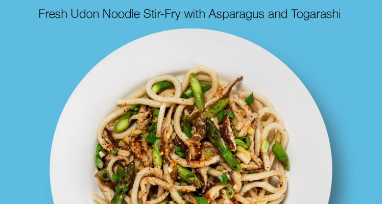 Blue Apron Fresh Udon Noodle Stir Fry with Asparagus and Togarashi