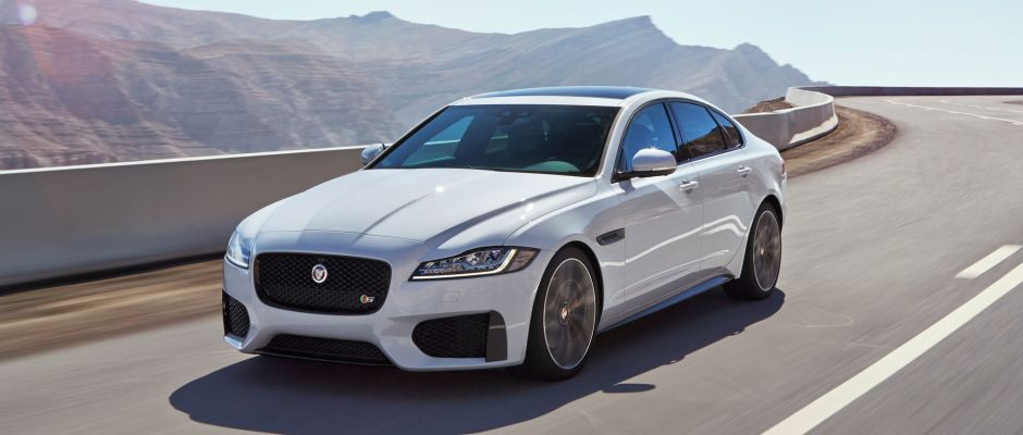 An Image Of The 2016 Jaguar Xf Luxury Sedan