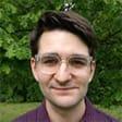 Headshot image of Electronics editor Thomas Germain