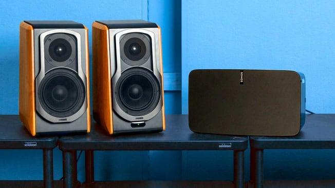 Wireless speakers Edifier S1000DB vs. Sonos Play:5