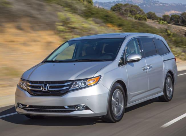 silver 2015 Honda Odyssey