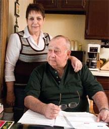 ASEGURADOS POR MENOS DEL VALOR REAL. Janice y Gary Clausen creían que su cobertura de seguro era suficiente. Su deuda médica de seis cifras dice lo contrario.