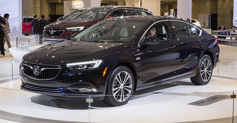 Auto Sale Shops Near Me: Preview: 2018 Buick Regal Sportback