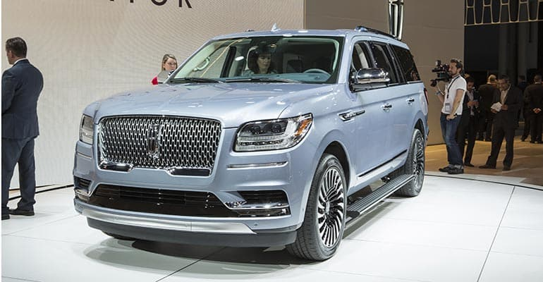2018 lincoln navigator reserve. delighful lincoln it will be hard to top the new navigator in terms of sheer presence not  mention showmanship thereu0027s a literal light show as you approach your vehicle inside 2018 lincoln navigator reserve consumer reports