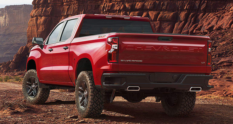 2019 chevrolet silverado back view