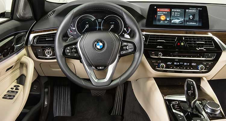 2017 bmw 5 series first drive review consumer reports. Black Bedroom Furniture Sets. Home Design Ideas