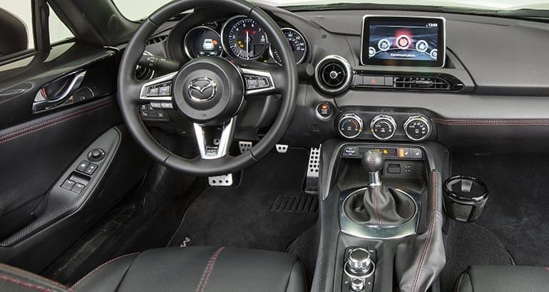 2017 Mx 5 Rf >> Head-Turning 2017 Mazda MX-5 Miata RF Delivers Thrills ...