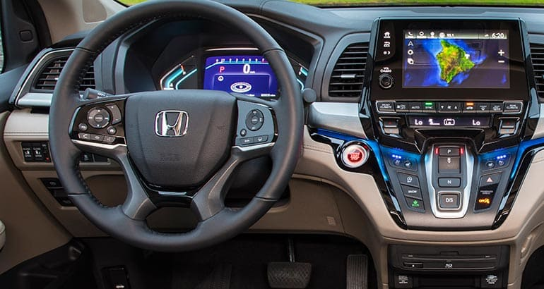 http://article.images.consumerreports.org/prod/content/dam/CRO%20Images%202017/Cars/May/CR-Cars-Inline-2018-Honda-Odyssey-Int-05-17