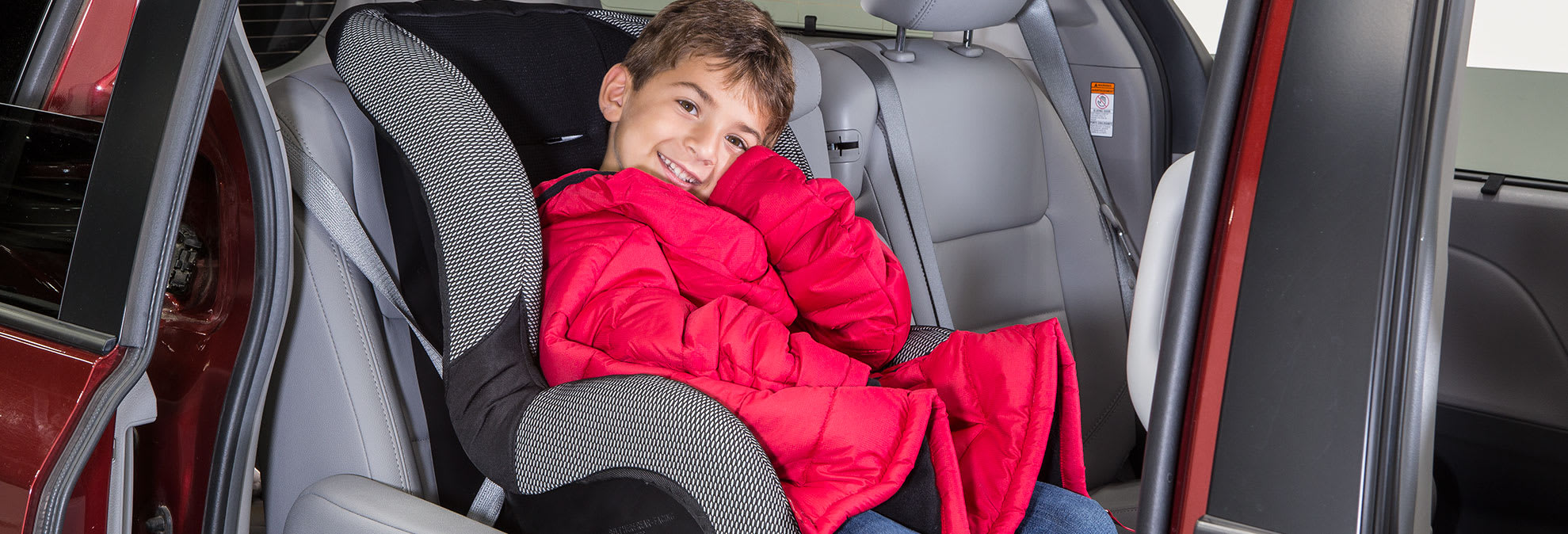 9df5060ea The Dangers of Winter Coats and Car Seats - Consumer Reports