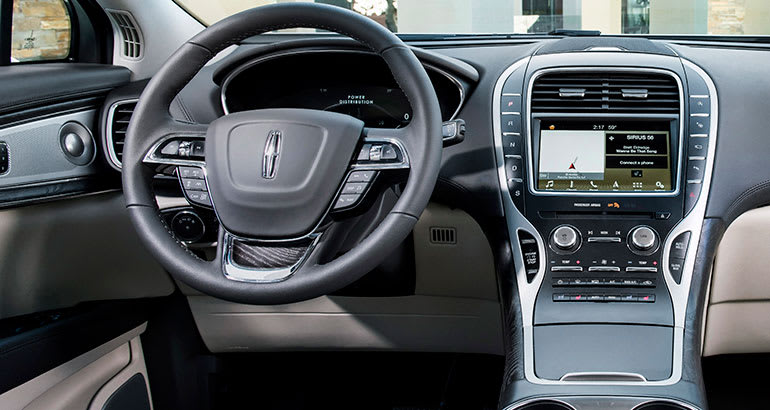 https://article.images.consumerreports.org/prod/content/dam/CRO%20Images%202017/Cars/November/CR-Cars-Inline-2019-Lincoln-Nautilus-int-11-17