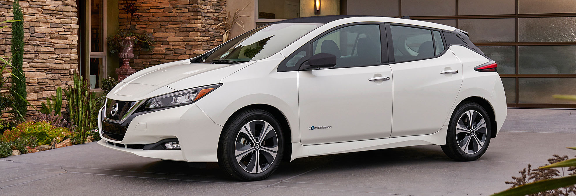 2018 Nissan Leaf Ev Preview Consumer Reports