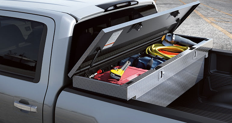 Pickup truck locking toolbox