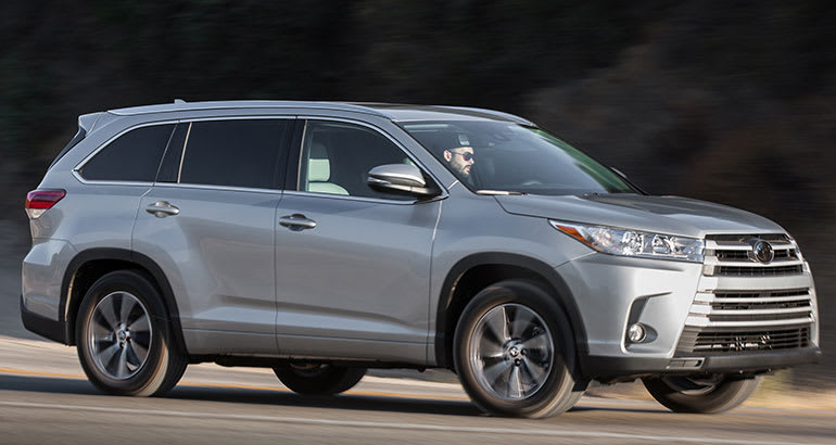 2017 Toyota Highlander driving.