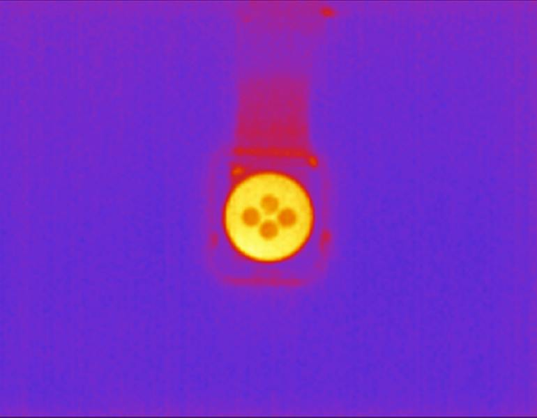 A thermal imaging camera picture shows the heat from a call on the Apple Watch Series 3.