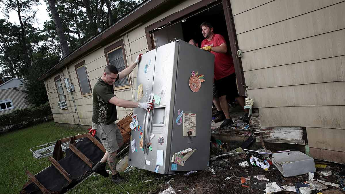 what to know about water damaged appliances consumer reports. Black Bedroom Furniture Sets. Home Design Ideas