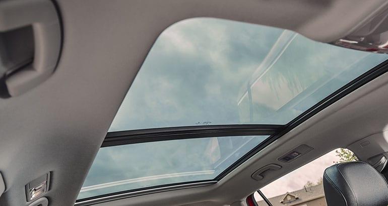 2018 Volkswagen Tiguan recalled for sunroof risk