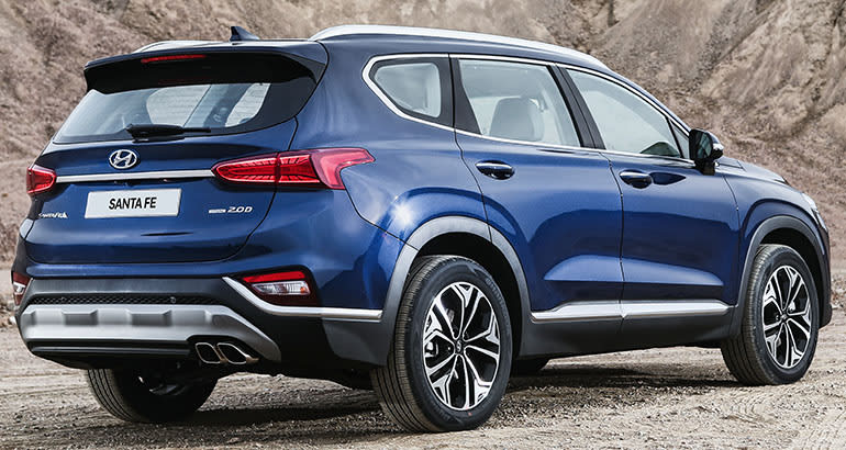 2019 hyundai santa fe gets a major makeover consumer reports. Black Bedroom Furniture Sets. Home Design Ideas