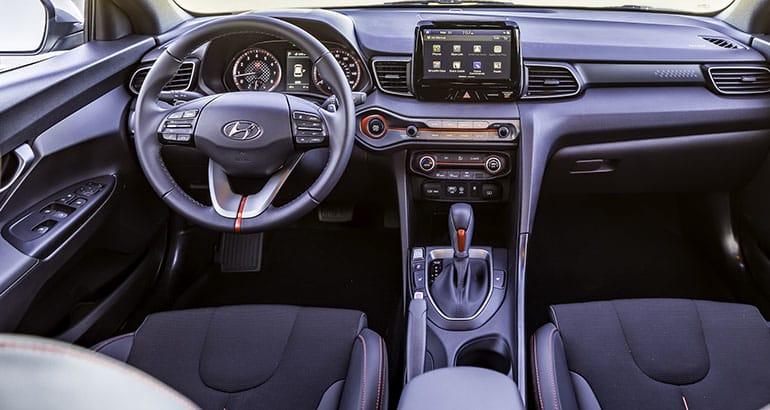 Good 2019 Hyundai Veloster Interior