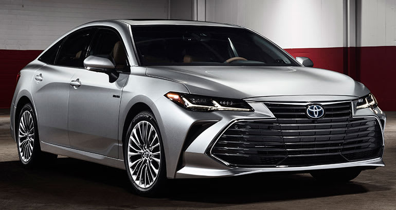 2019 Toyota Avalon Front