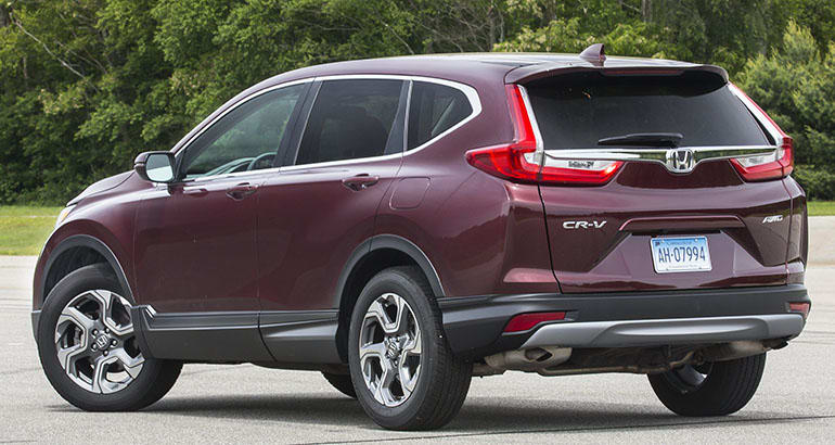 2018 Honda CR-V rear three-quarter view.
