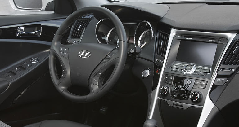 2011 hyundai sonata sedans recalled consumer reports. Black Bedroom Furniture Sets. Home Design Ideas