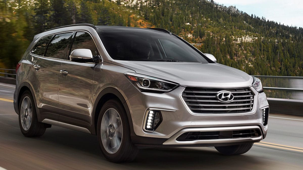 hyundai recalls suvs for faulty steering columns consumer reports. Black Bedroom Furniture Sets. Home Design Ideas