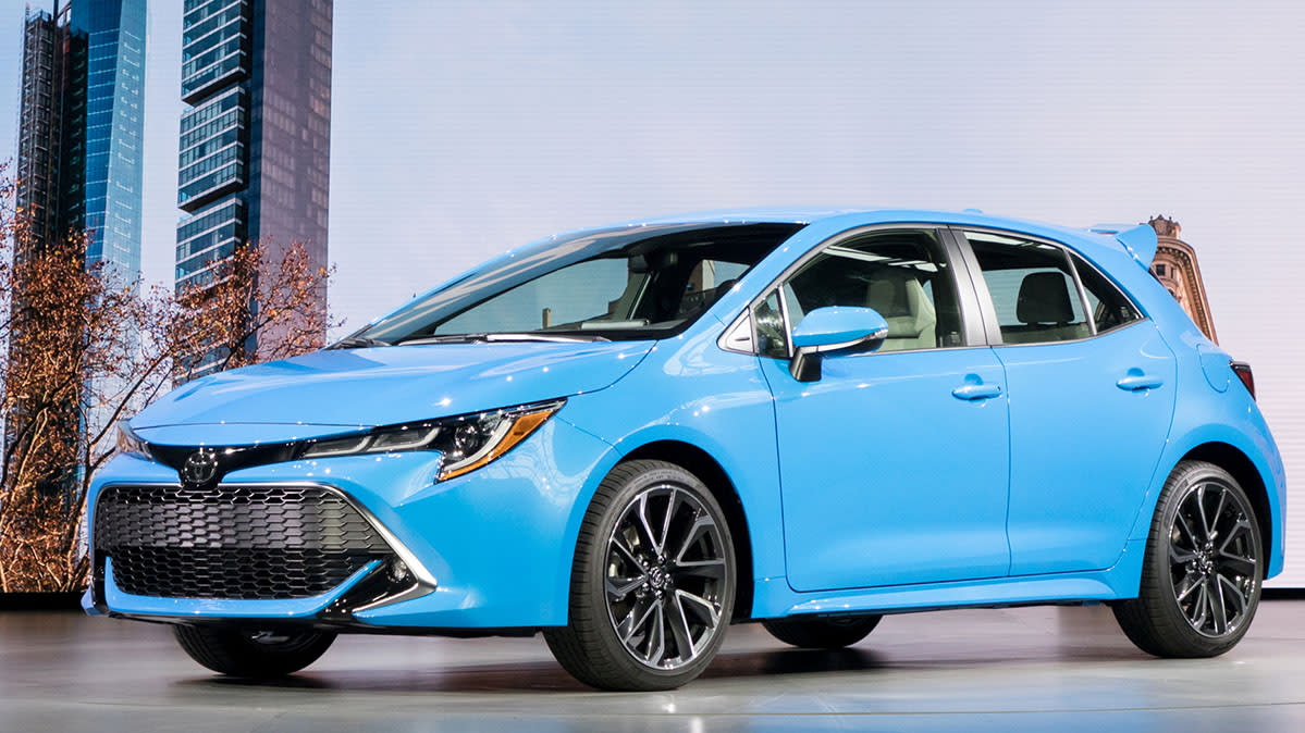 Sporty Looking 2019 Toyota Corolla Hatchback Debuts
