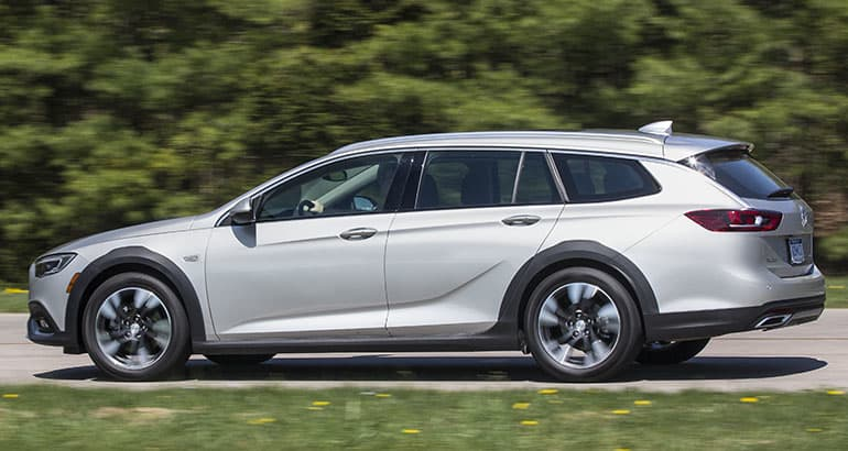 2018 buick regal tourx and gs preview consumer reports. Black Bedroom Furniture Sets. Home Design Ideas
