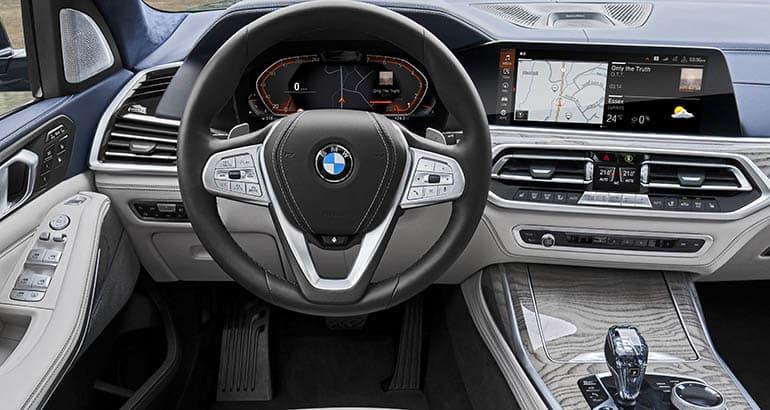 2019 BMW X7 - Najväčšie SUV značky - interiér