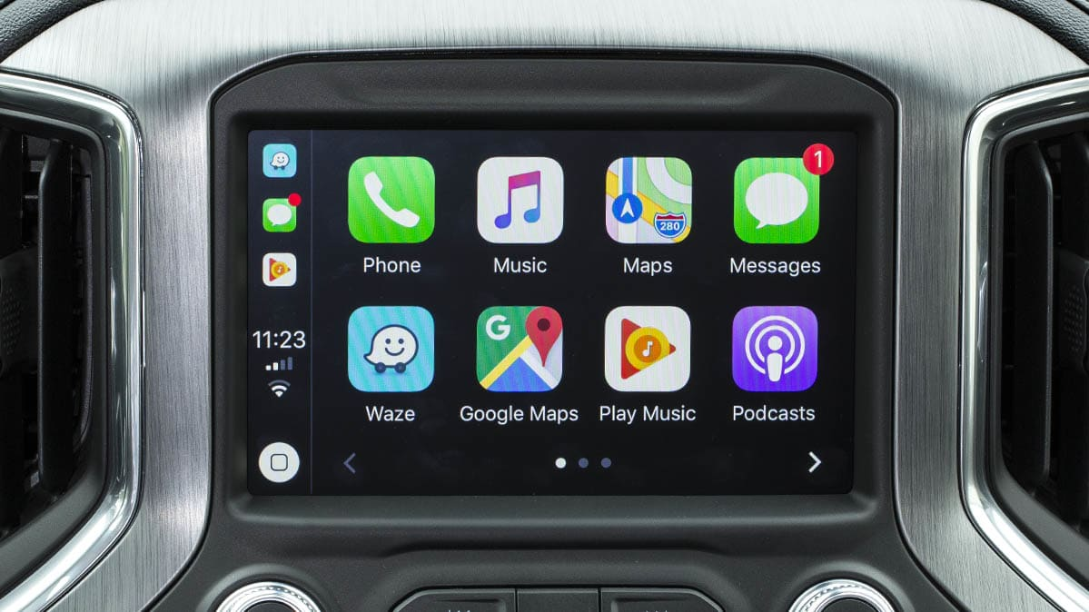 Waze on Apple CarPlay.