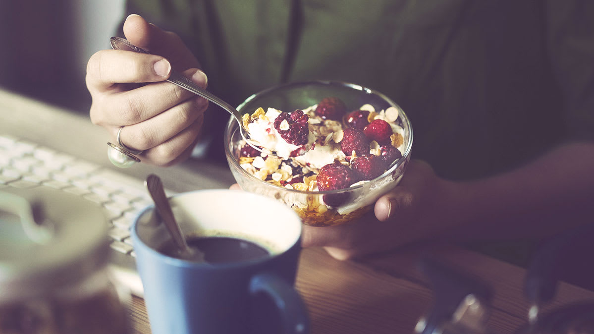 A bowl of fruit and yogurt is one of the best healthy breakfast choices.