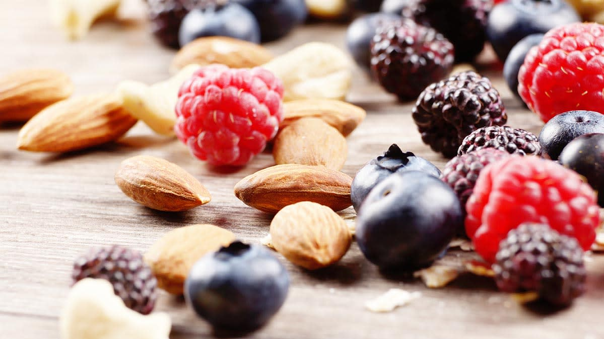 8 Brain Foods You Should Be Eating