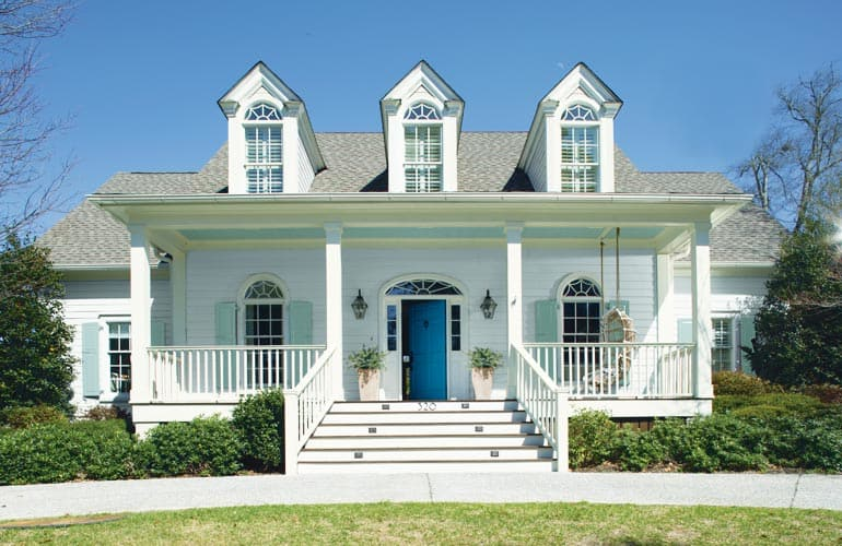 Hottest exterior paint colors of 2018 consumer reports - White exterior paint color schemes ...