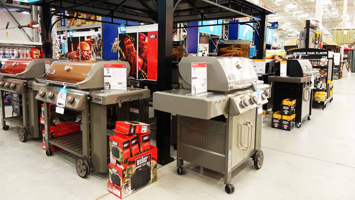 Some of the best gas grills for sale at Lowe's