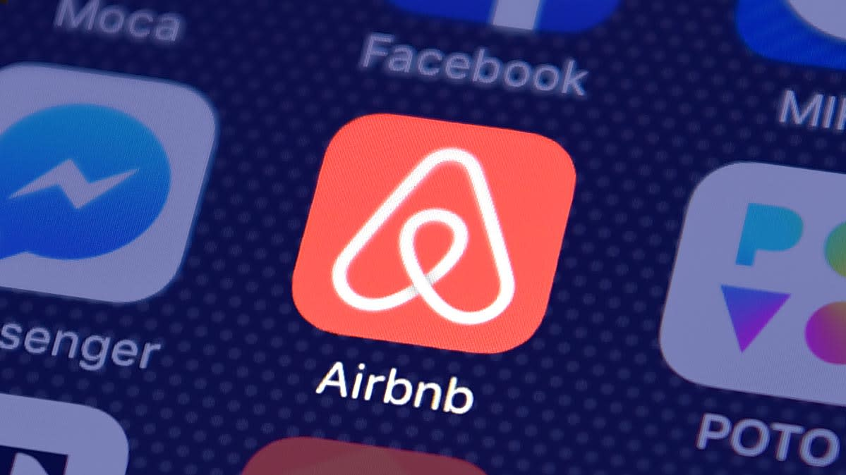 Airbnb app icon