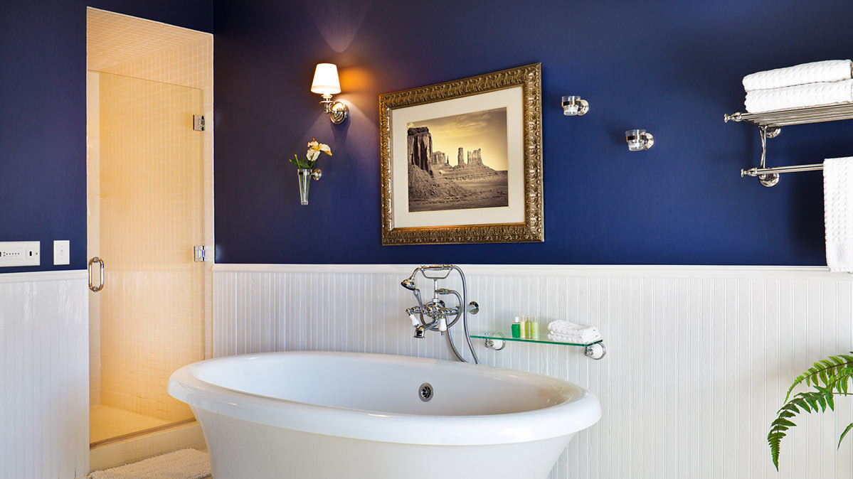 A Bathroom Painted In Mildew Resistant Paint
