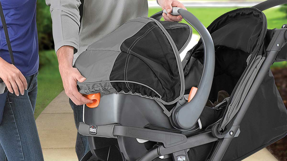 Chicco Stroller And Car Seat Combination Travel System