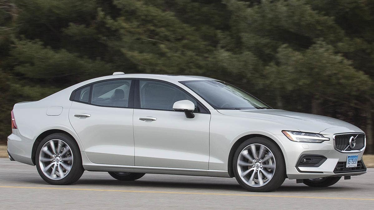 2019 volvo s60 is sophisticated and comfortable consumer reports. Black Bedroom Furniture Sets. Home Design Ideas