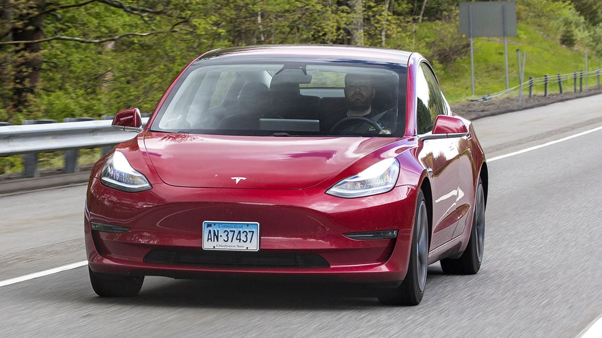 Tesla's automatic lane changes pose safety concerns