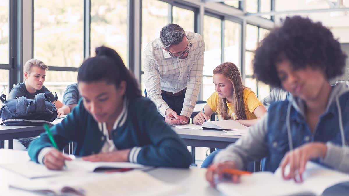 5 Tips for Scoring College Scholarships