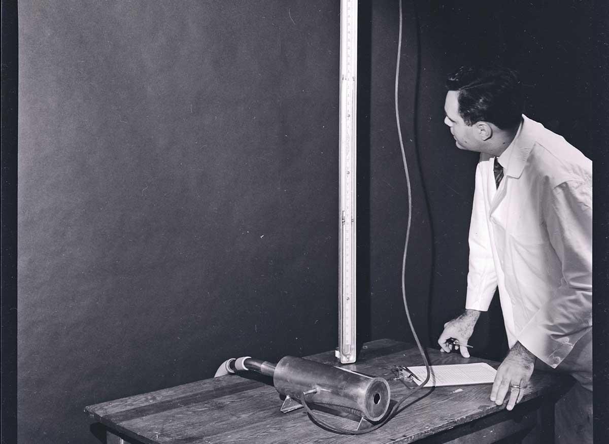 Vacuum cleaners, 1954