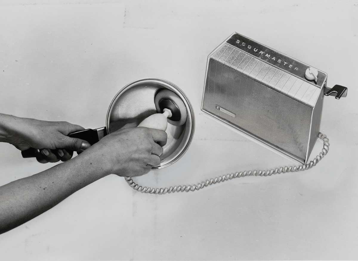 Motorized scouring pads, 1962